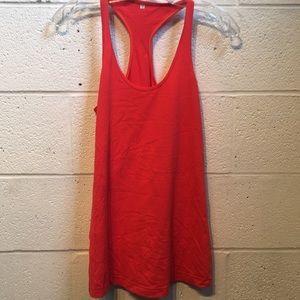 Lululemon red razor back tank top size 8 57745